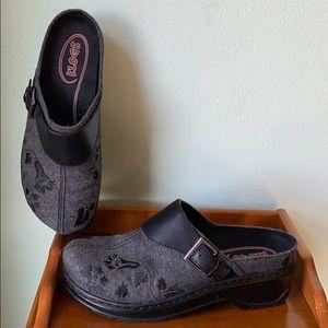 KLOGS Gray & Black Size 10-11 W